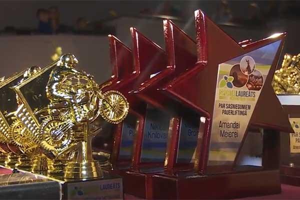 VIDEO: Apbalvoti labākie Rēzeknes sportisti