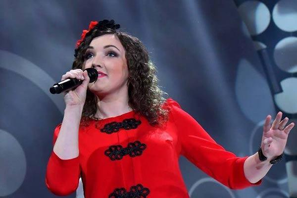 """Guntra Kuzmina-Jukna un viņas otrā ģimene - vokālā studija """"Skonai"""""""