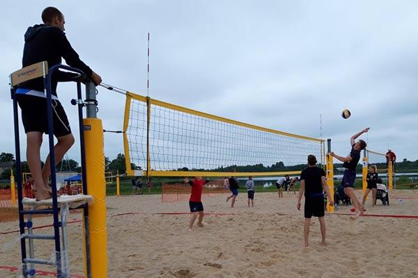 Sākusies Rēzeknes pilsētas atklātā Kausa izcīņa pludmales volejbolā