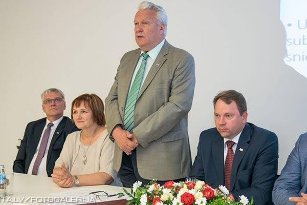 """Rēzeknes Tehnoloģiju akadēmijā notika konference """"Latgale 2020: Lauksaimniecības attīstība – iespējas un izaicinājumi"""""""