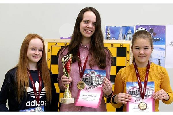 Anna Kazmerika – Latvijas čempione šahā